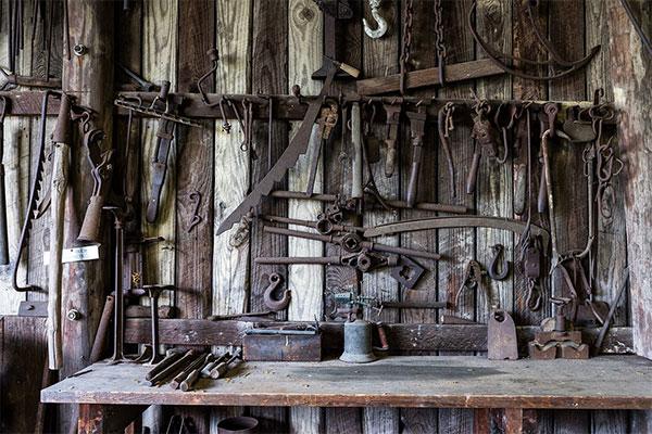 Werkzeuge einer Schmiede